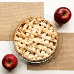 Cinnamon Apple Pie {With a Lattice Crust}